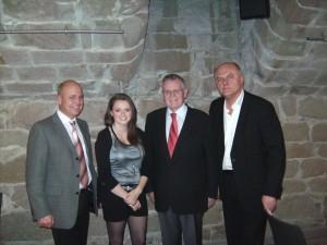 von links nach rechts: Ulrich Witzlinger, Tshasi, Erwin Teufel, Conny Conrad